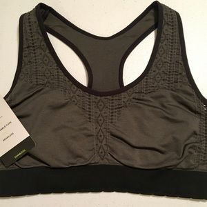 Size S, Seamless Lacey Scallop Sports Bra from C9